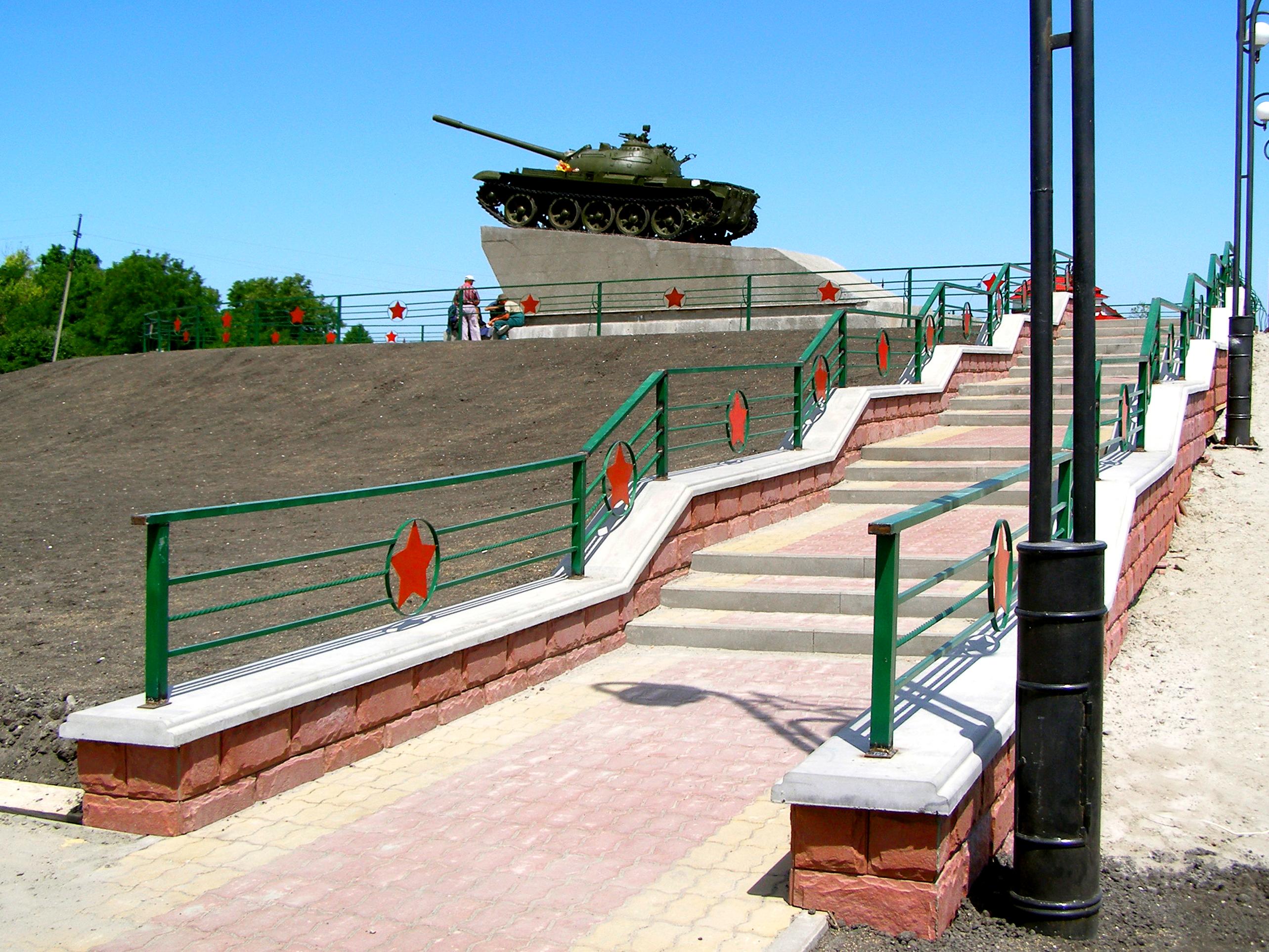 Фасад Ростовский камень, парапетные плиты