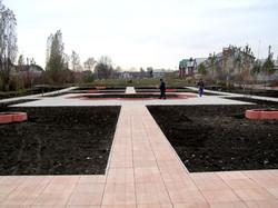 Парк отдыха - тротуарная плитка Дощечка, клумбы