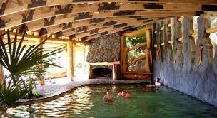Termas_Menetué_-_Menetué_Hot_Springs_-_Pucon.jpg