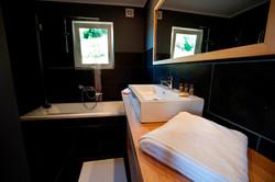 Lake Lodge Hotel Pucon_Bathroom