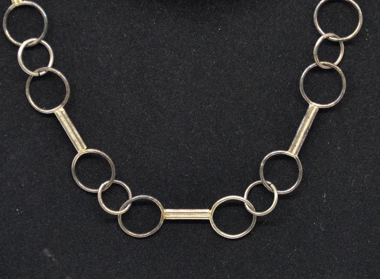 Circle/Bar Necklace
