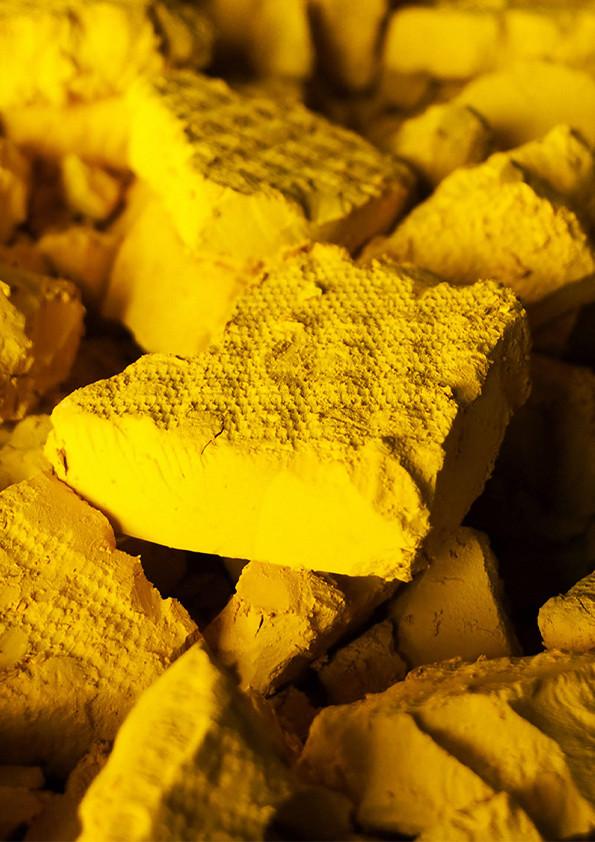 Uranium Yellow
