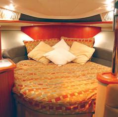 interior-1-nnFWD-BERTH-.jpg