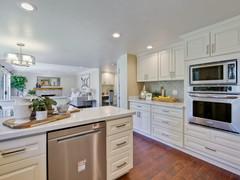 Kitchen      11.jpg