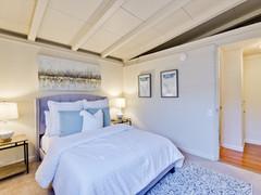 Bedroom      13.jpg