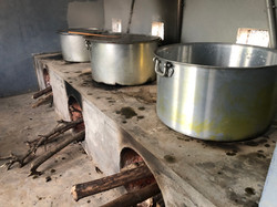 300 liter cooking pots