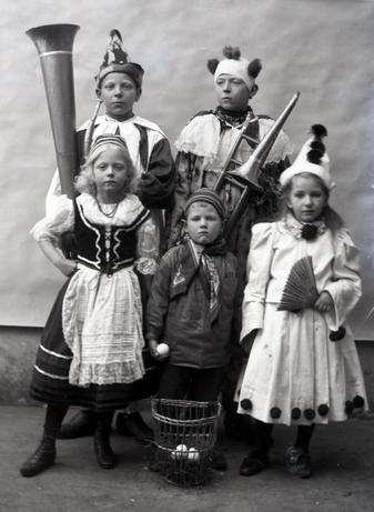 ©Zentrum für Regionalgeschichte des Main-Kinzig-Kreises, Bestand Archiv der Wächtersbacher Steingutfabrik.