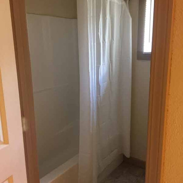 cabin-shower-bath-low-res.jpg