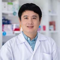 portrait-men-pharmacist-asian-standing-s