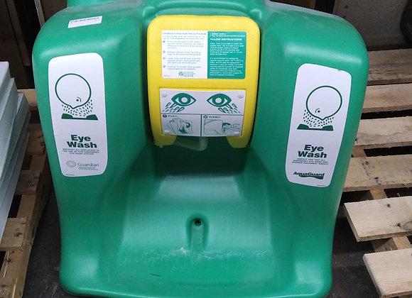 Baraboo - Eye wash station