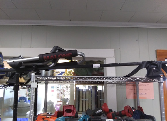 Baraboo - Malone car rack with kayak attachment