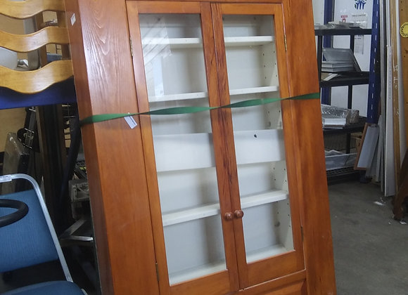Baraboo - Built-in Cabinet Display