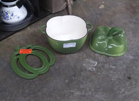 Baraboo - cast iron green pepper baking dish