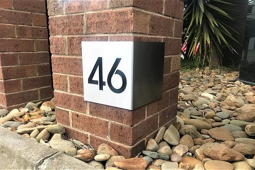 PLAQUE  11 - Number Return Right