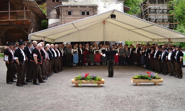 Gesamtchor Jodlertreffen Jungfrauregion Matten 2016
