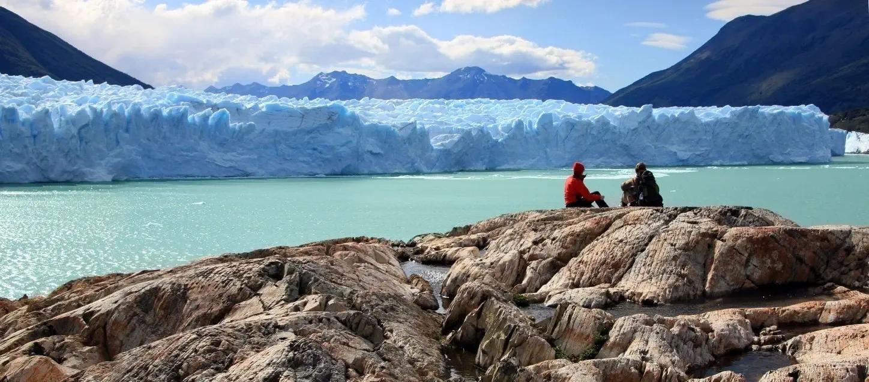 Perito-Moreno-Glacier-Patagonia-Argentin
