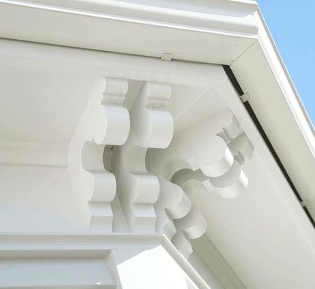 H3-Builders-Villa-Restoration-cornice-de