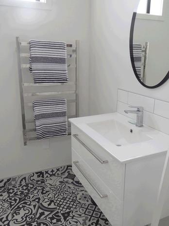 Rockinghorse-Rd-new-build-home-bathroom.