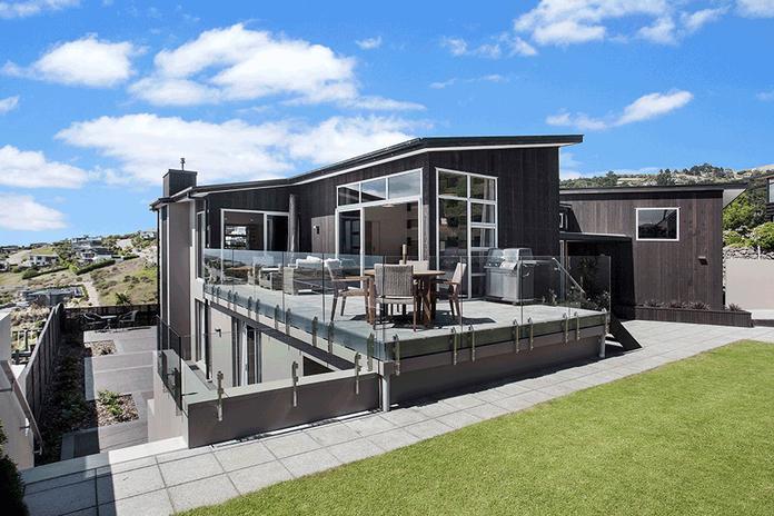 Mt-Pleasant-Christchurch-Port-Hills-home