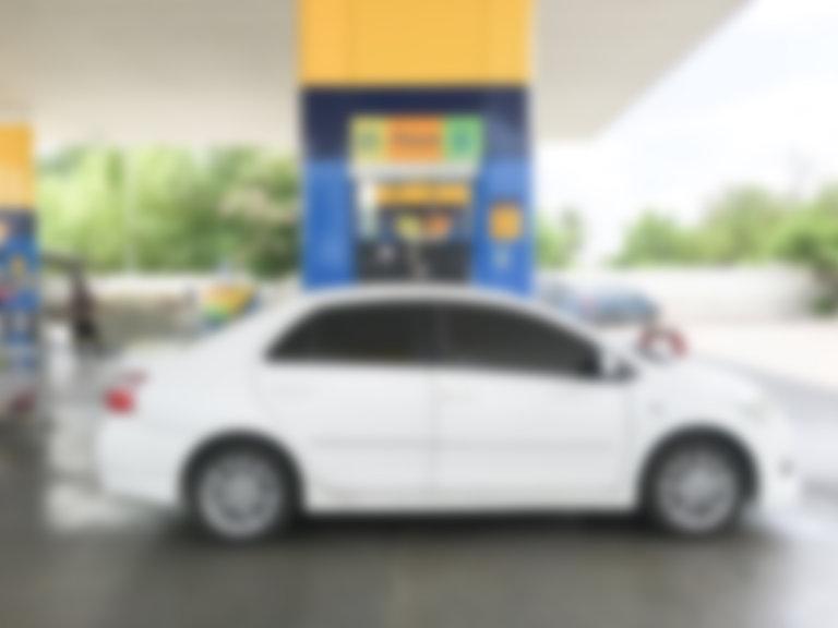 blurred-white-car-refuel.jpg
