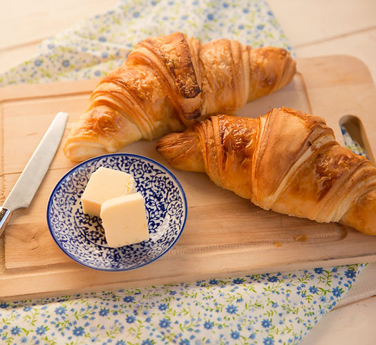 Croissant aux amandes Boulangerie Madelon