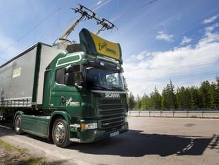 La Suède ouvre la première route électrifiée au monde pour camions