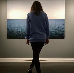 girl in front of the ocean