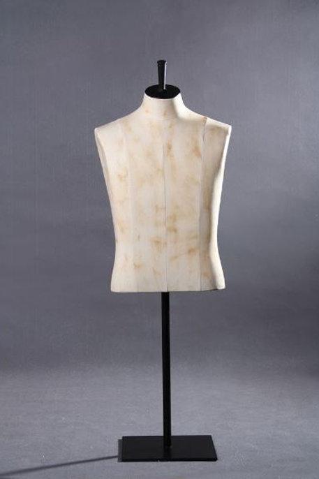 Buste de mannequin homme demi-corps