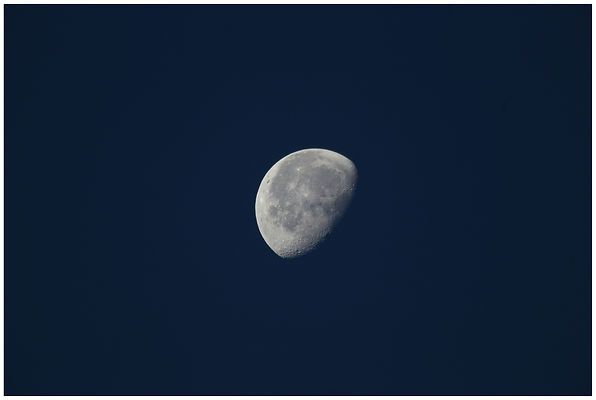 photo-of-moon-1474937.jpg