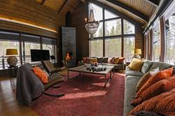 Livingroom_uspairs-960x640