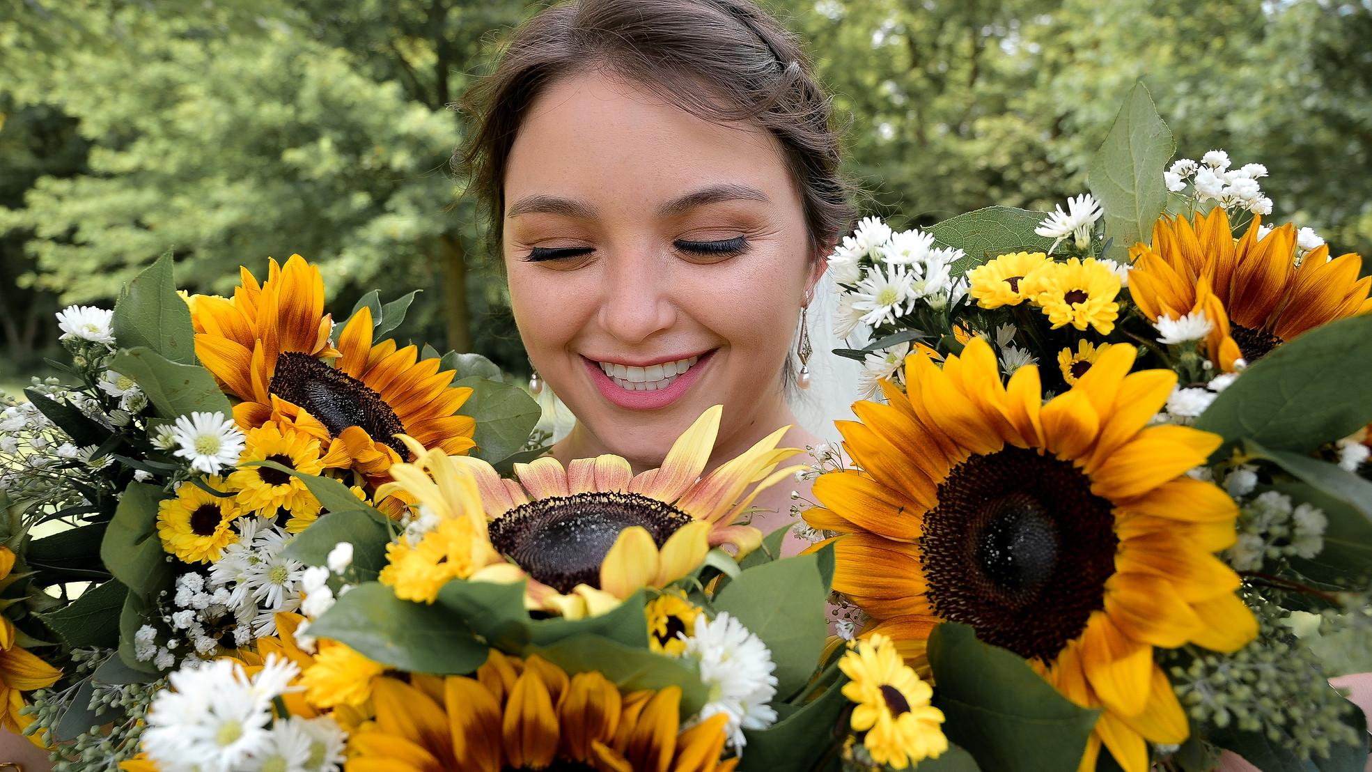 flowers color.jpg