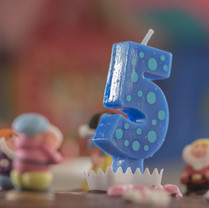 5-birthday-blur-269798.jpg
