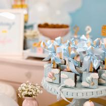art-baby-shower-cake-1682462.jpg