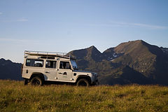 Land rover en Pirineo
