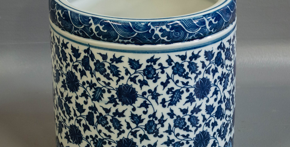 Chinese Blue and White Porcelain Jar/Bowl/Pot