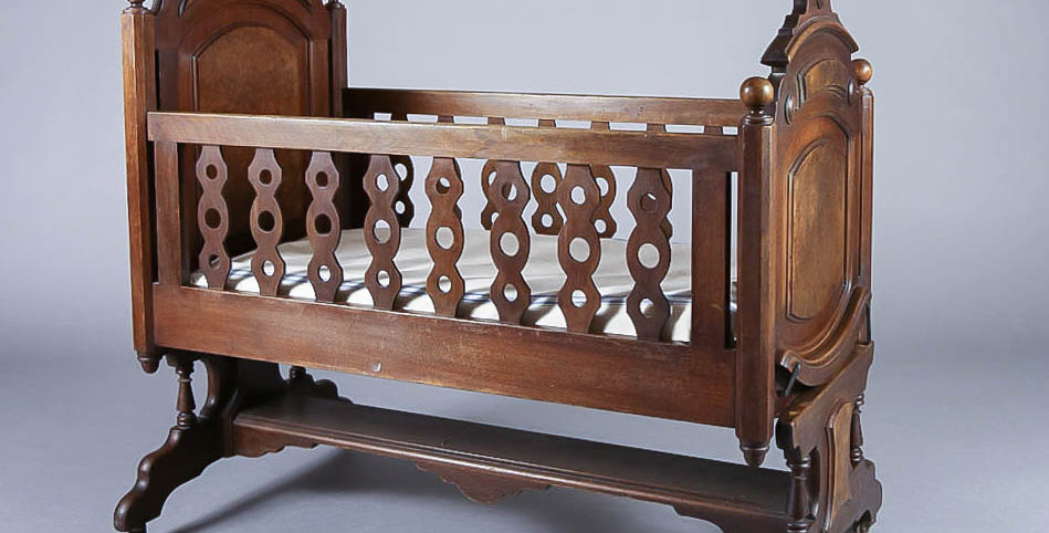 1890's Victorian Hand Carved Crib
