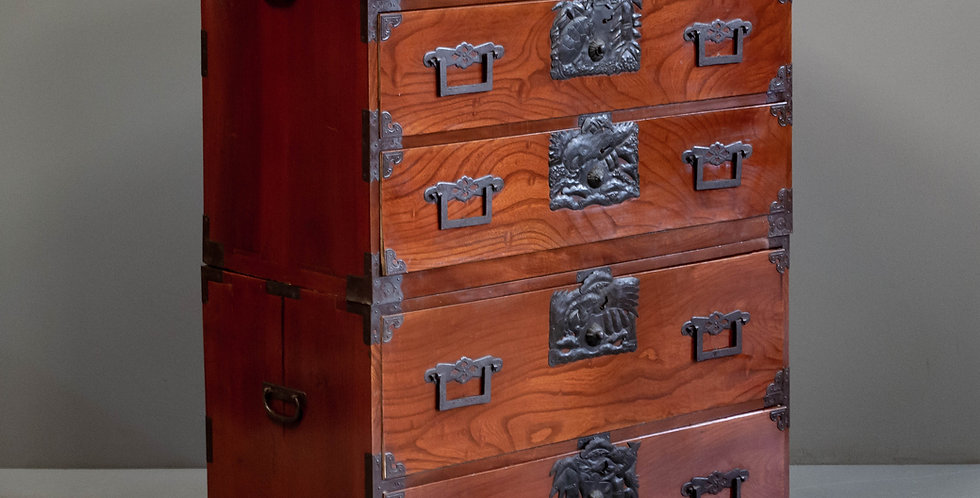 Antique Japanese Tansu / Clothing Chest