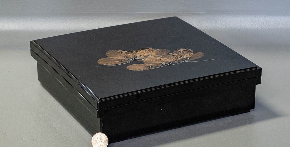 Black 2 Top Box With Delicate Leaf Motif