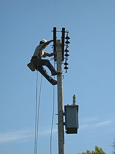 Instalación equipo eléctrico