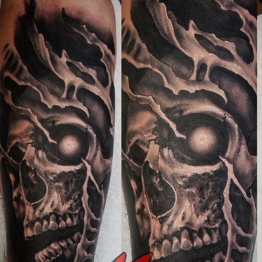 Skull Creepy Dark Horror Eye Tear Out Bi