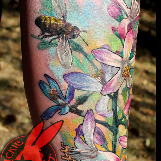 Honey Bee Blossom Flowers Color Realisti
