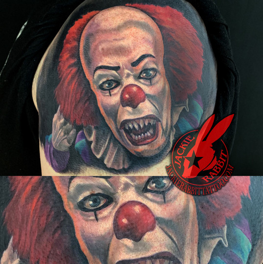 Pennywise The Clown It Stephen King Book