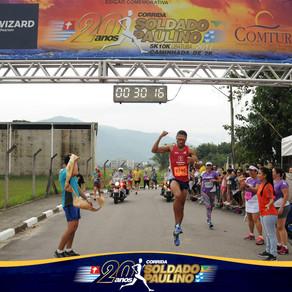 Leandro ganha os 10km 'Soldado Paulino'em Ubatuba.