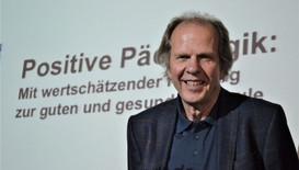 Prof. Dr. Olaf-Axel Burow Referent: Bildung