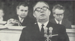 Z dění na XVIII. světovém kongresu INSEA v Praze roku 1966; uvítací řeč Františka Kahudy