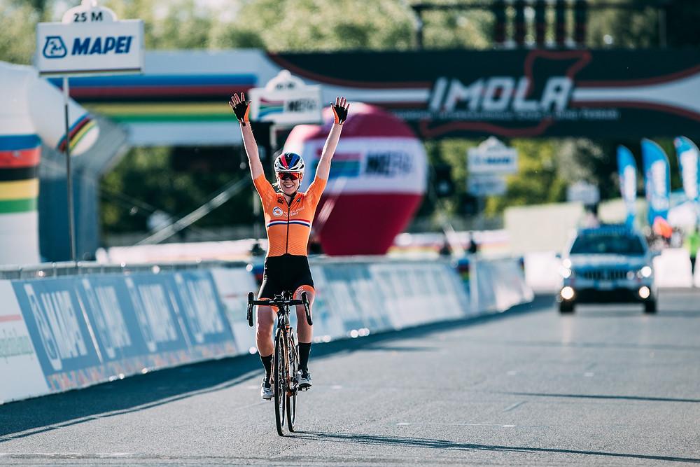Anna van der Breggen become's world champion 2020.