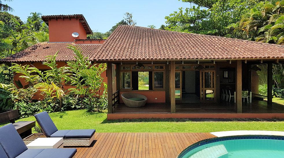 Casas a Venda no Condomínio Iporana no Guarujá - Locação Anual Praia de Iporanga