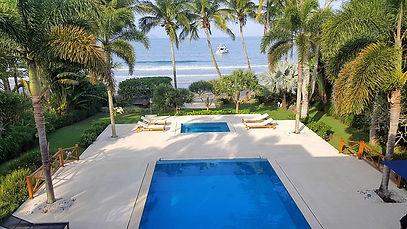 Casa a Venda no Condomínio Iporanga - Pé na Areia Praia de Iporanga