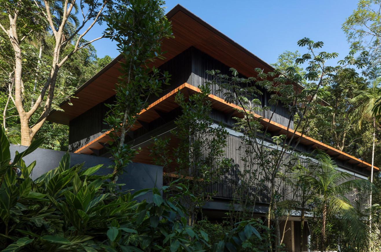 Casa no Condomínio São Pedro a VENDA na Praia de São Pedro