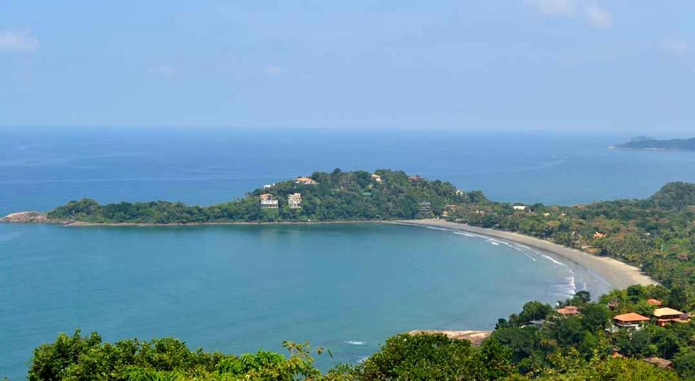 Casa a Venda com Vista para o Mar na Praia de Taguaíba Guarujá